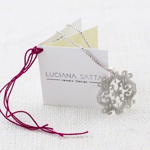 """Collana """"Anatolica"""" (Dettaglio del motivo)  Collezione""""Li Trami -Aggius"""" 1"""